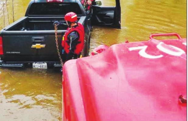 Groesbeck aids Prairie Hill VFD in water rescue