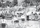 Groesbeck volleyball team splits matches